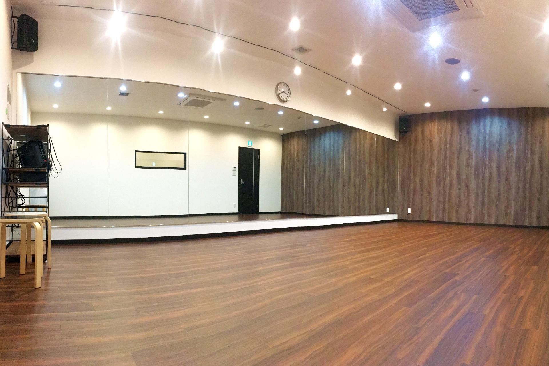 102studio
